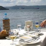 Lunch at Anadolu Kavağı overlooking the Bosphorus in Istanbul