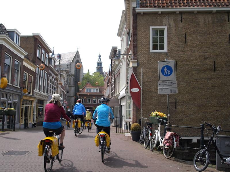 biking-gouda