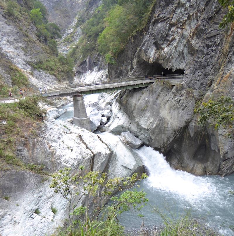 baiyang-waterfall-taroko