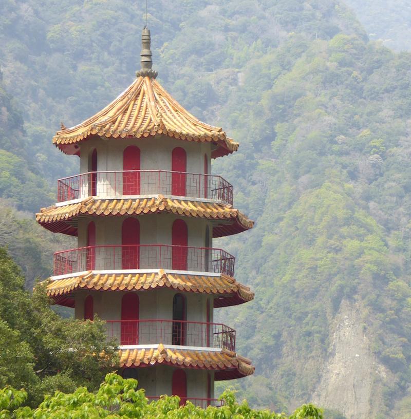 xiangde-pagoda-taroko