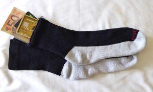 Zip-It-Everyday-Travel-Socks