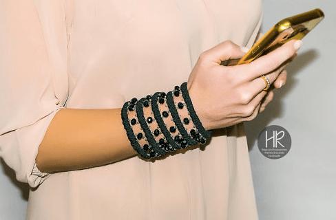 anti-pickpocket-gear-bracelet-with-pocket
