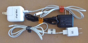 dollar-store-cord-clips