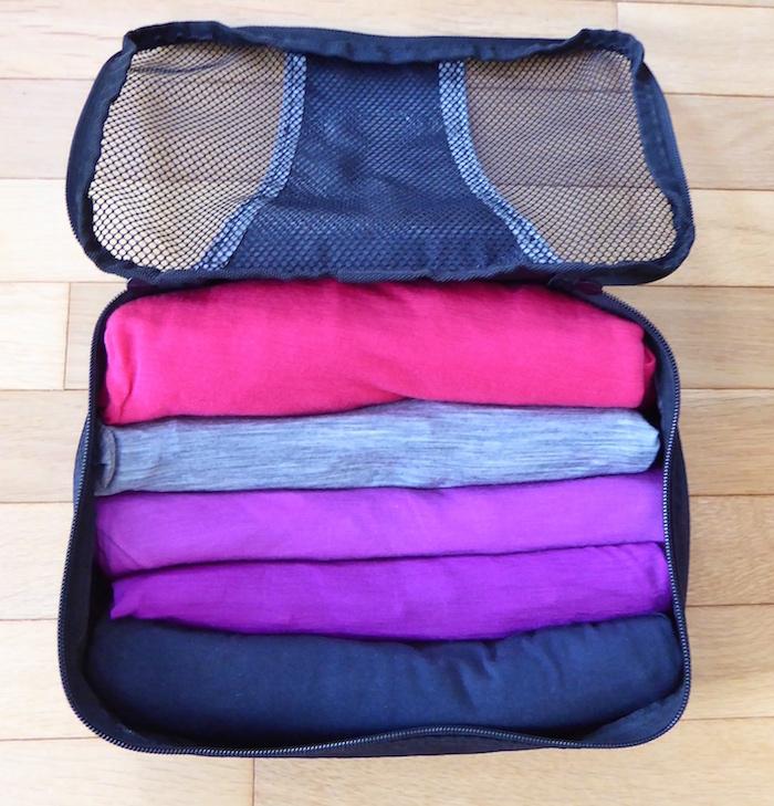 packing-organizer-shirts