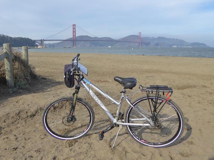 biking-golden-gate-bridge-crissy-field-beach