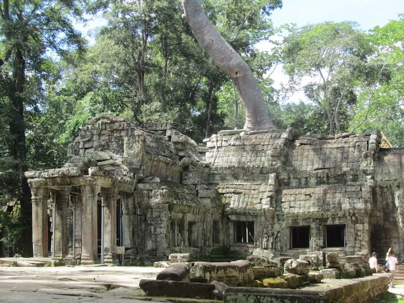 Cambodia-Ta-Prohm-entrance