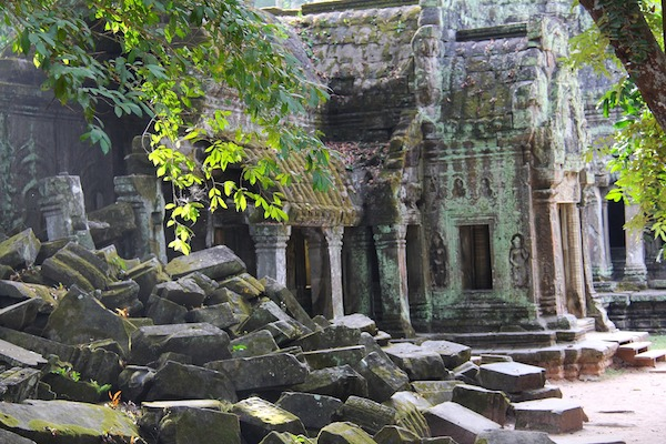 ta-prohm-stone-blocks