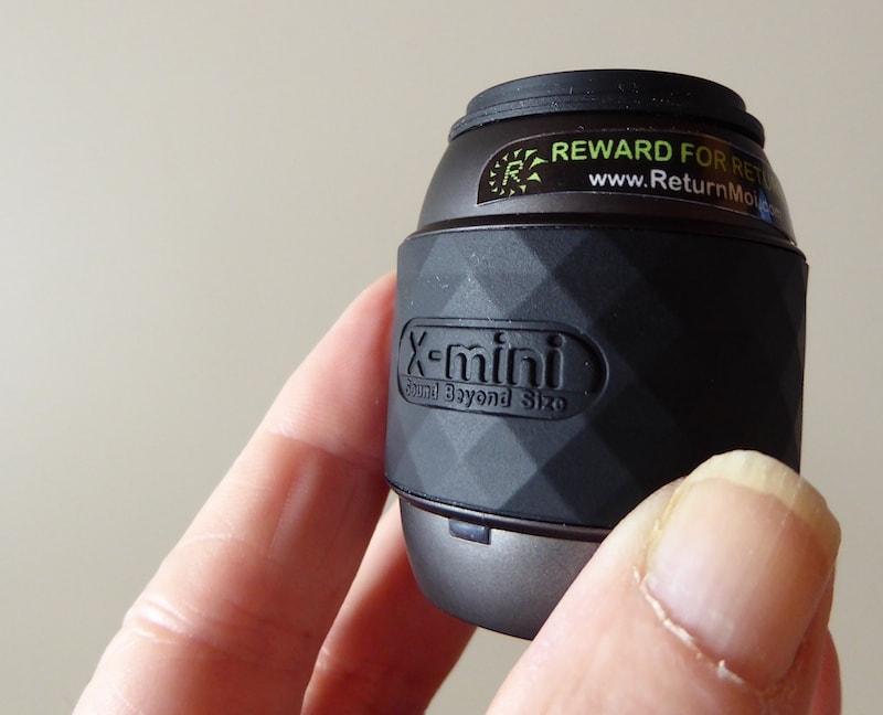 X-mini-Thumb-Speaker