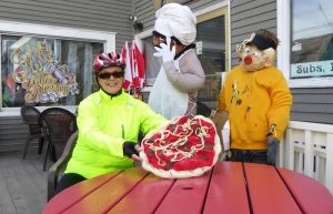 Mahone-Bay-Scarecrow-Festival-Recardo's-Pizza