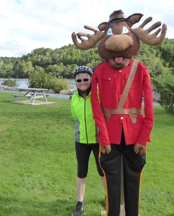 Mahone-Bay-Scarecrow-Festival-moose