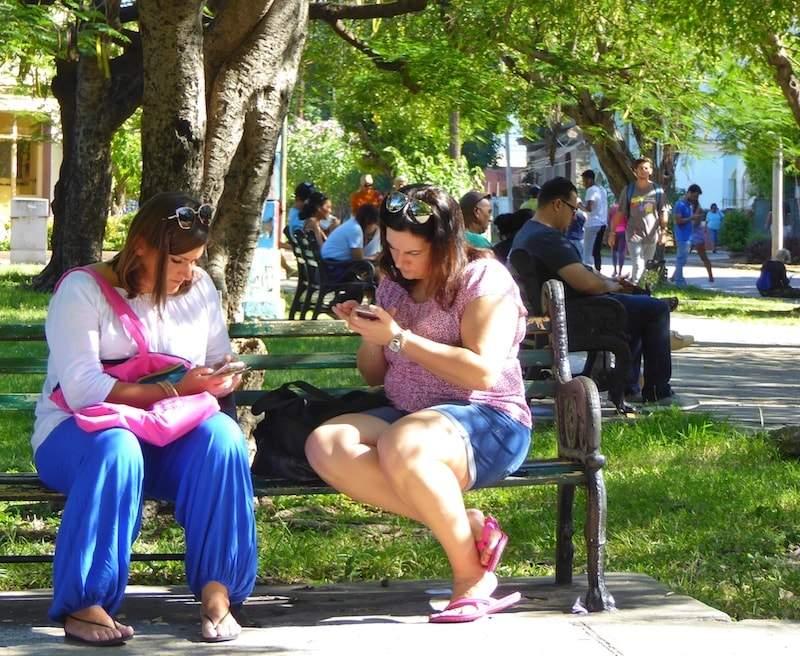 Wi-Fi-zone-Cuba