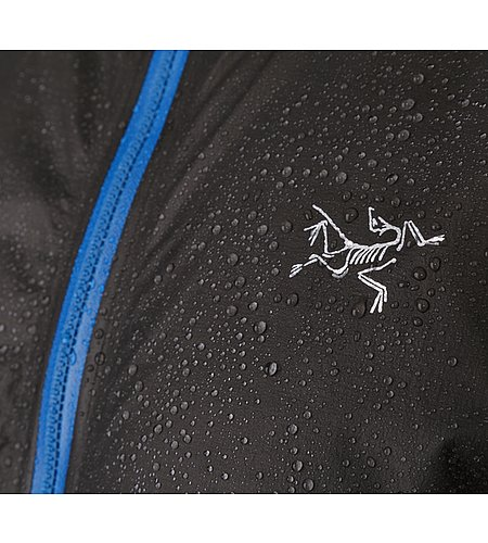 packable-lightweight-rain-jacket-Norvan-SL-Hoody-beading