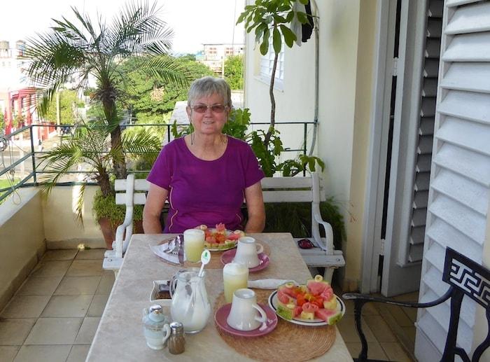 recommended-Havana-casa-particular-breakfast-on-terrace